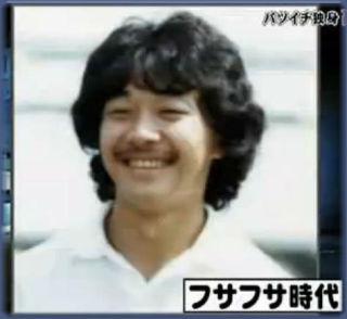 【画像】高橋克実の若い頃の髪はロン毛パーマ!父は頭に墨汁?